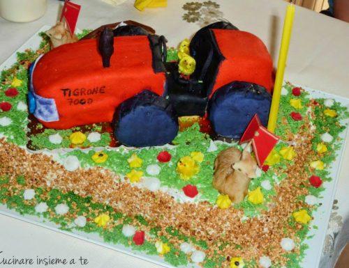 Torta trattore in pasta di zucchero