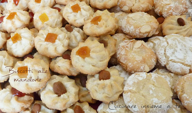 paste di mandorle, biscotti di mandorle