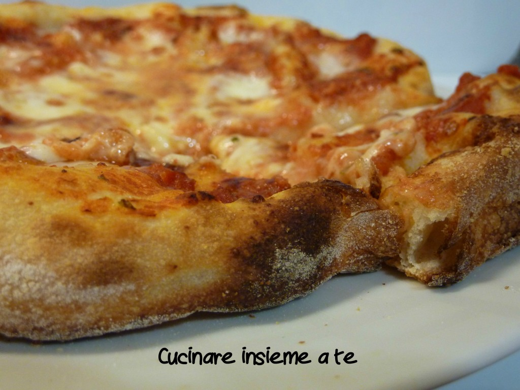 PIZZA CON FARINA DI FARRO E SENATORE CAPPELLI